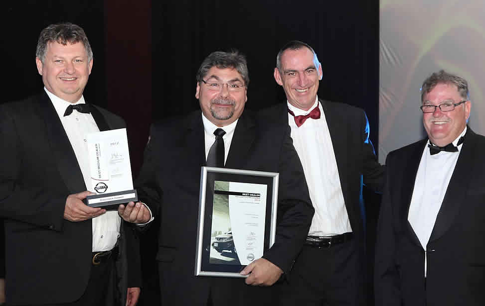 Droomers Nissan wins award for Best Dealer 2012 in the Medium Dealer Category — with Phil Marais